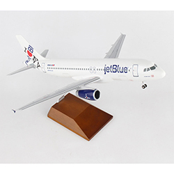 JETBLUE A320 1:100 SCALE NY HOMETOWN  MODEL PLANE